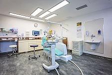 Dentalklinik Dr. Tóka Zahnarzt-Praxis