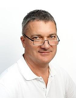 Dr. Jozsef TokaZahnarzt und Implantologe in Sopron