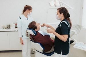 Zahnbehandlung im Hillside Dental